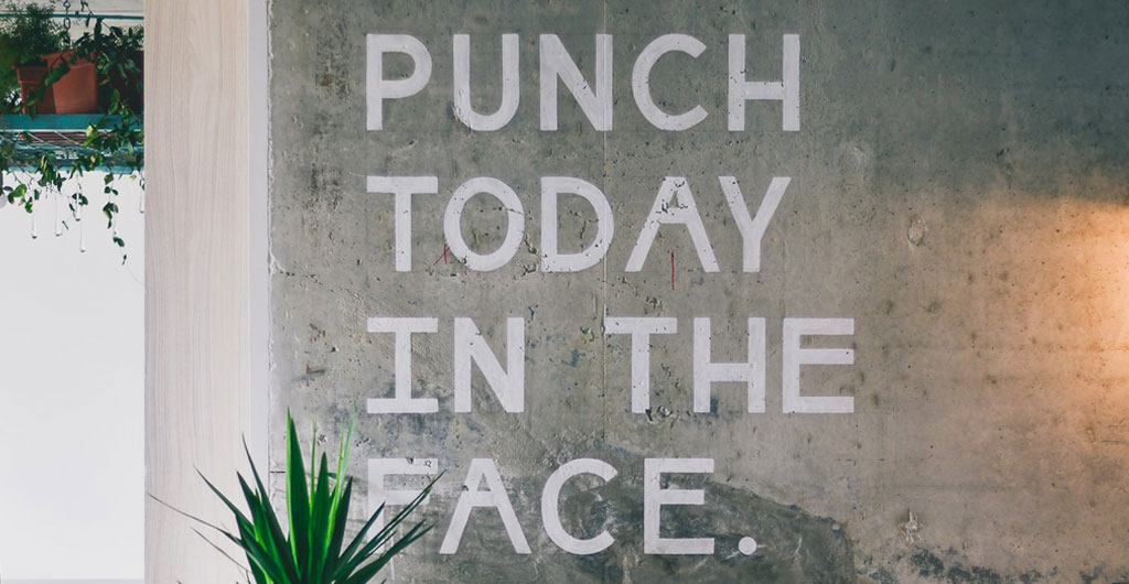 Coworking Wall Art Motivation 'Punch today in the Face'